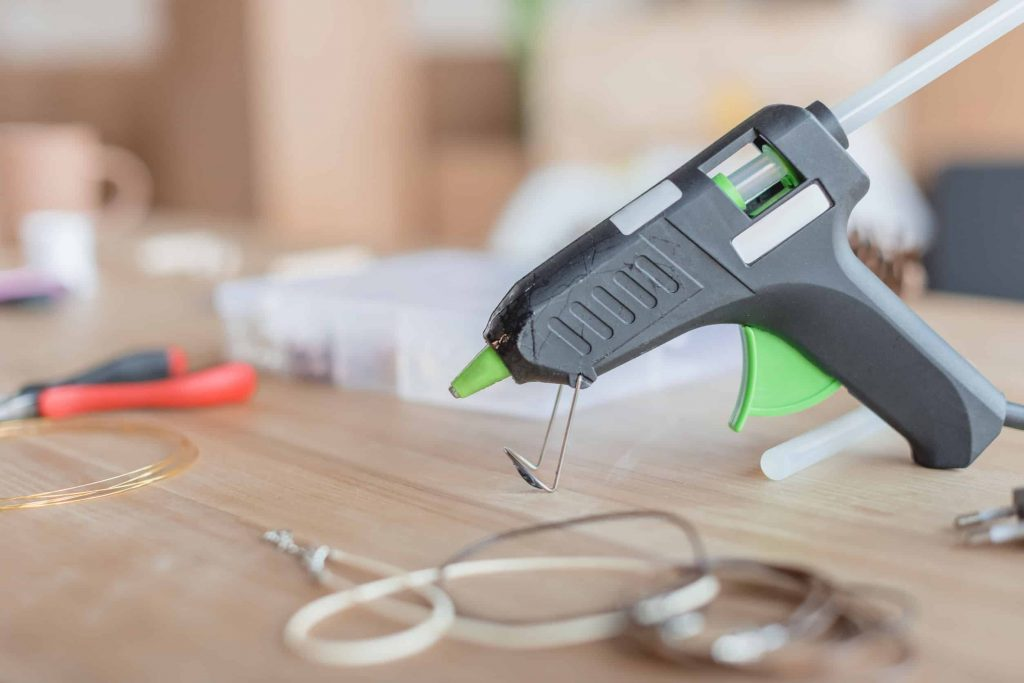 Akku Heissklebepistole 80 Watt drahtlos für Holz Metall Leder Klebe Pistole