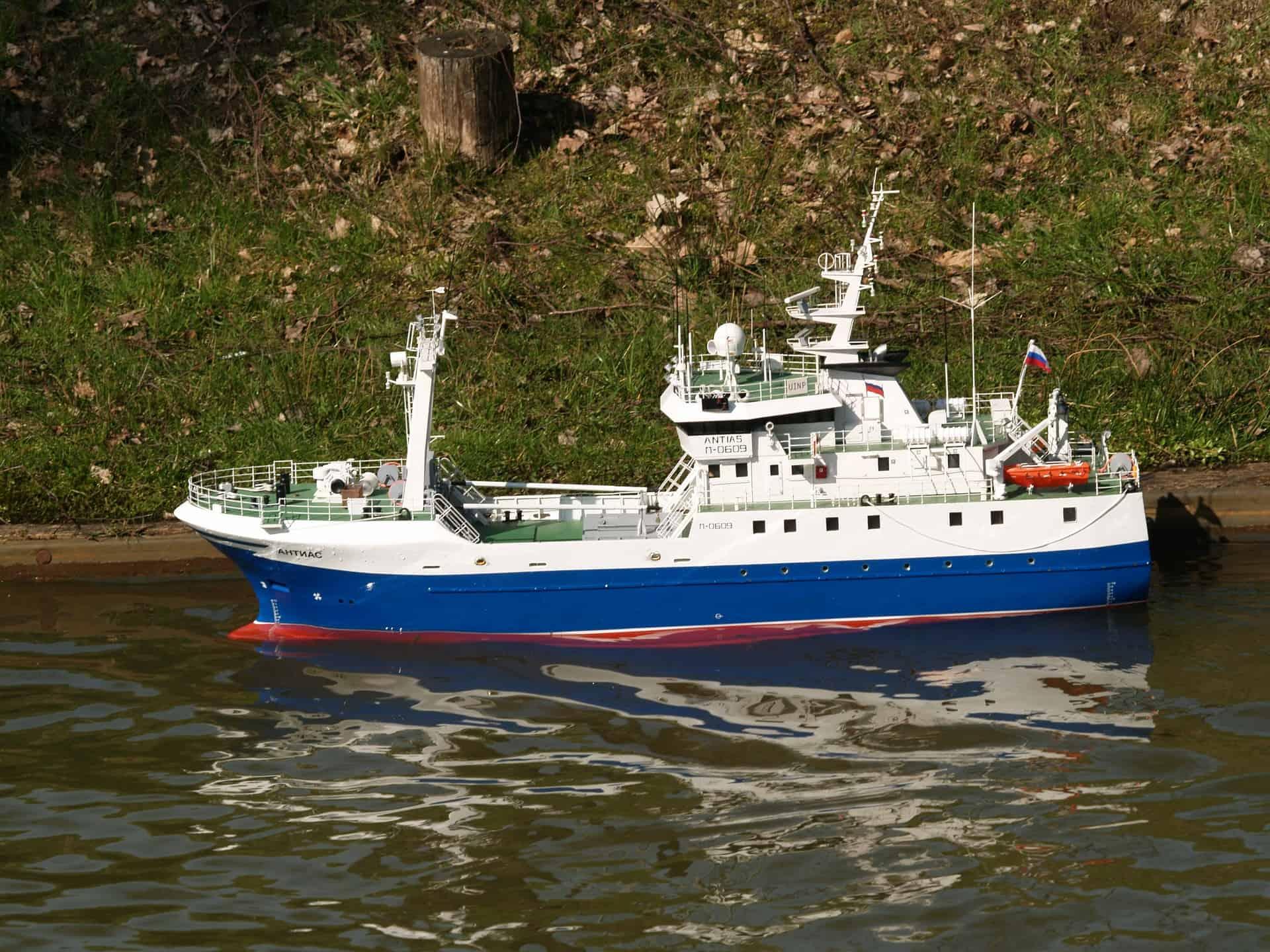 Ferngesteuertes Boot: Test & Empfehlungen (07/20)