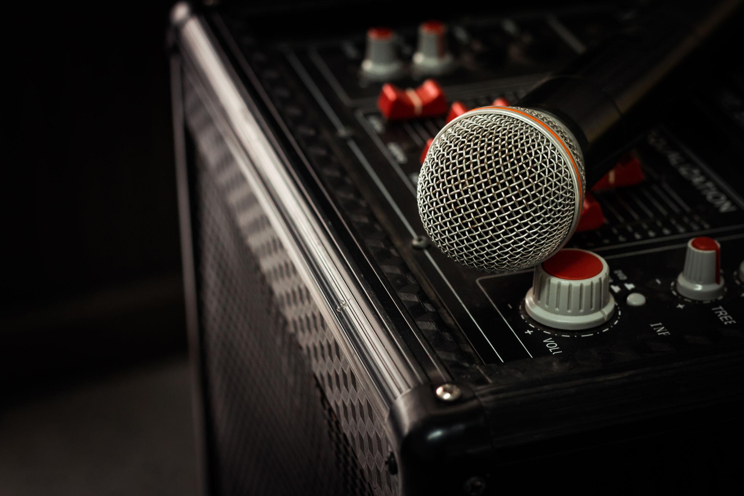 Karaoke Maschine: Test & Empfehlungen (04/21)