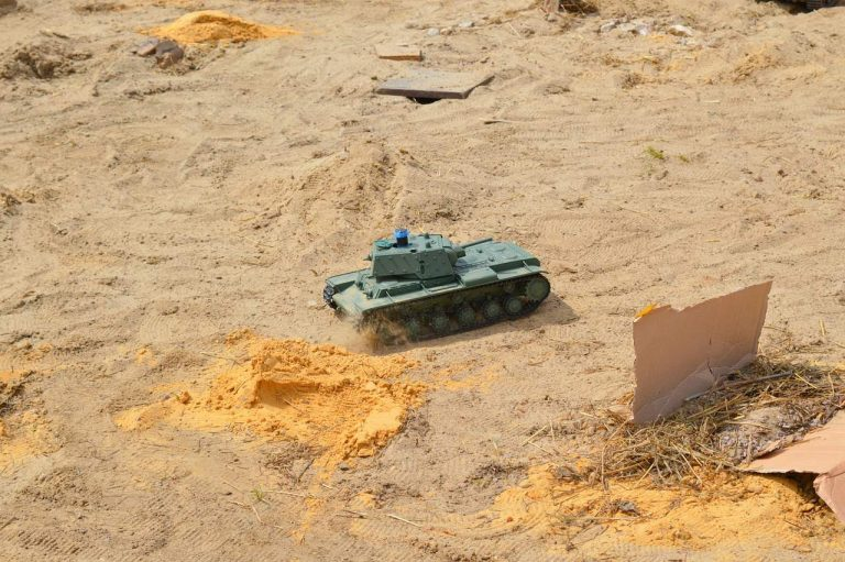 ferngesteuerter panzer-1